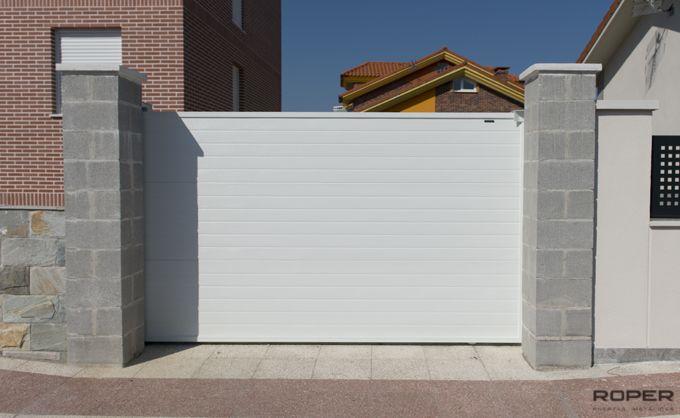 Puerta Corredera Cancela 12