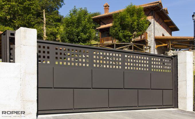 Puerta corredera metalica exterior amazing stunning for Puerta corredera exterior jardin