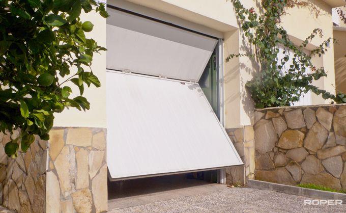Puerta de Garaje Basculante 2 Hojas Residencial 9