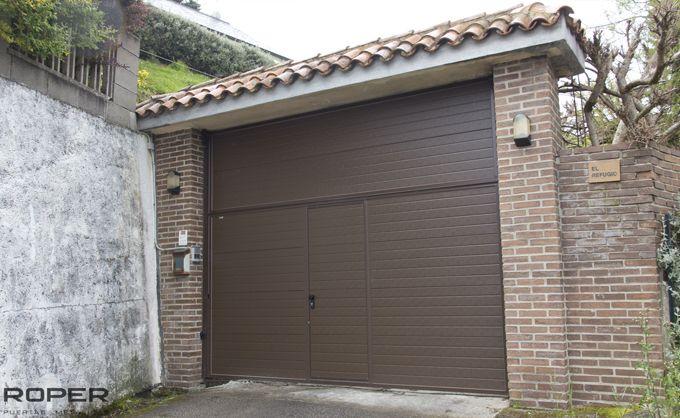 Puerta de Garaje Basculante 2 Hojas Residencial 10