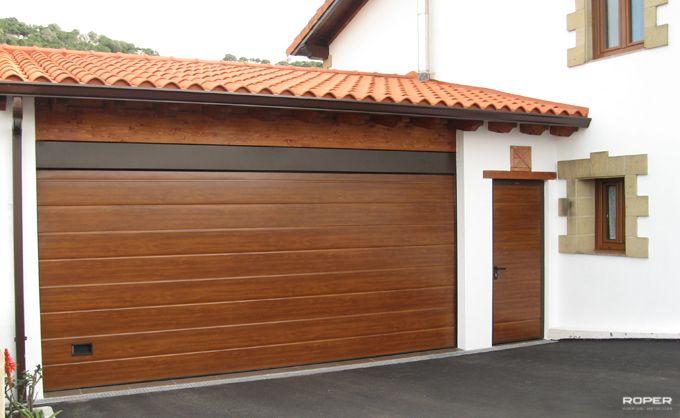 Los 3 tipos de puertas para garaje m s utilizadas for Garajes modelos