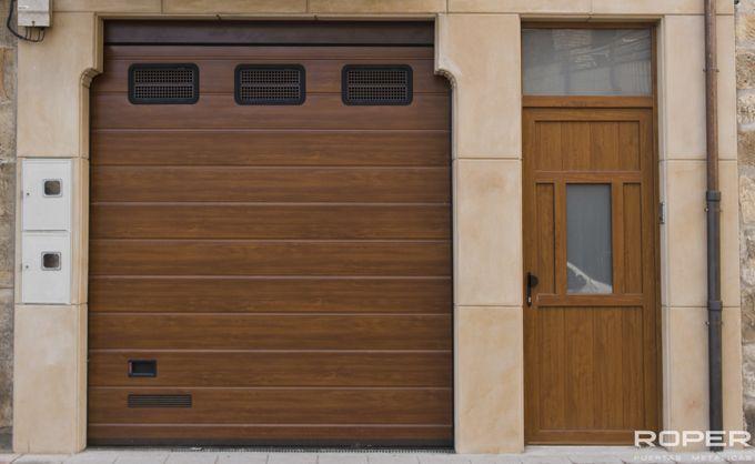 Puerta de Garaje Seccional Residencial 12