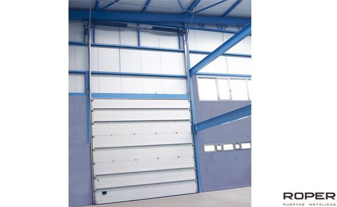 Puerta Seccional Industrial 12