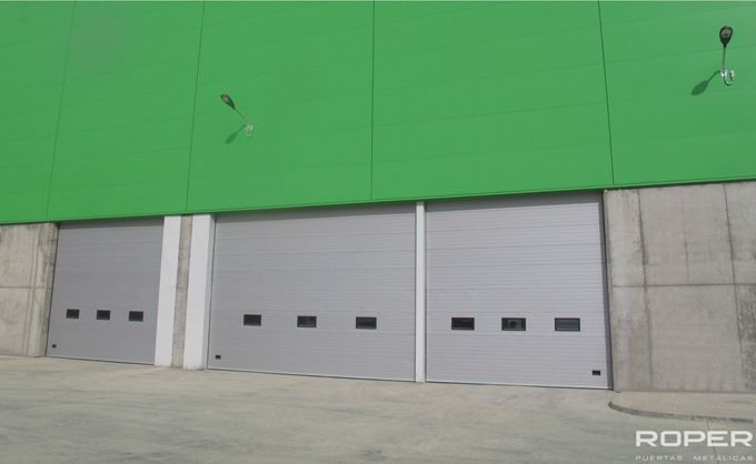 Puerta Seccional Industrial 14