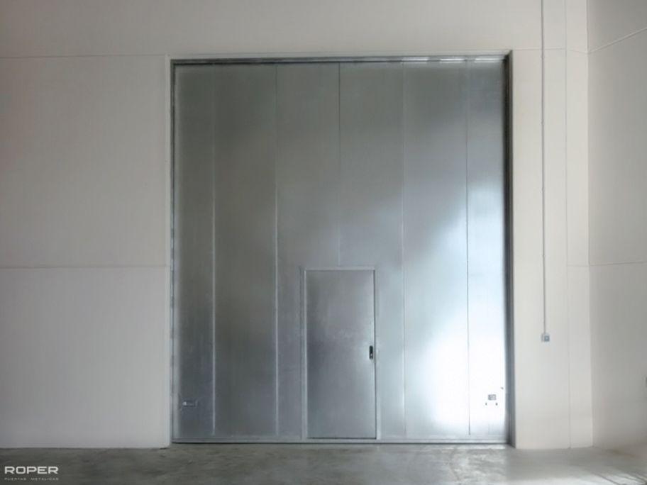 Puerta vertical lift contra incendio roper for Puertas contra incendios