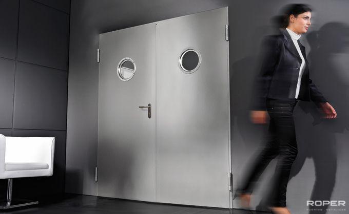 Puerta Batiente Cortafuegos 1