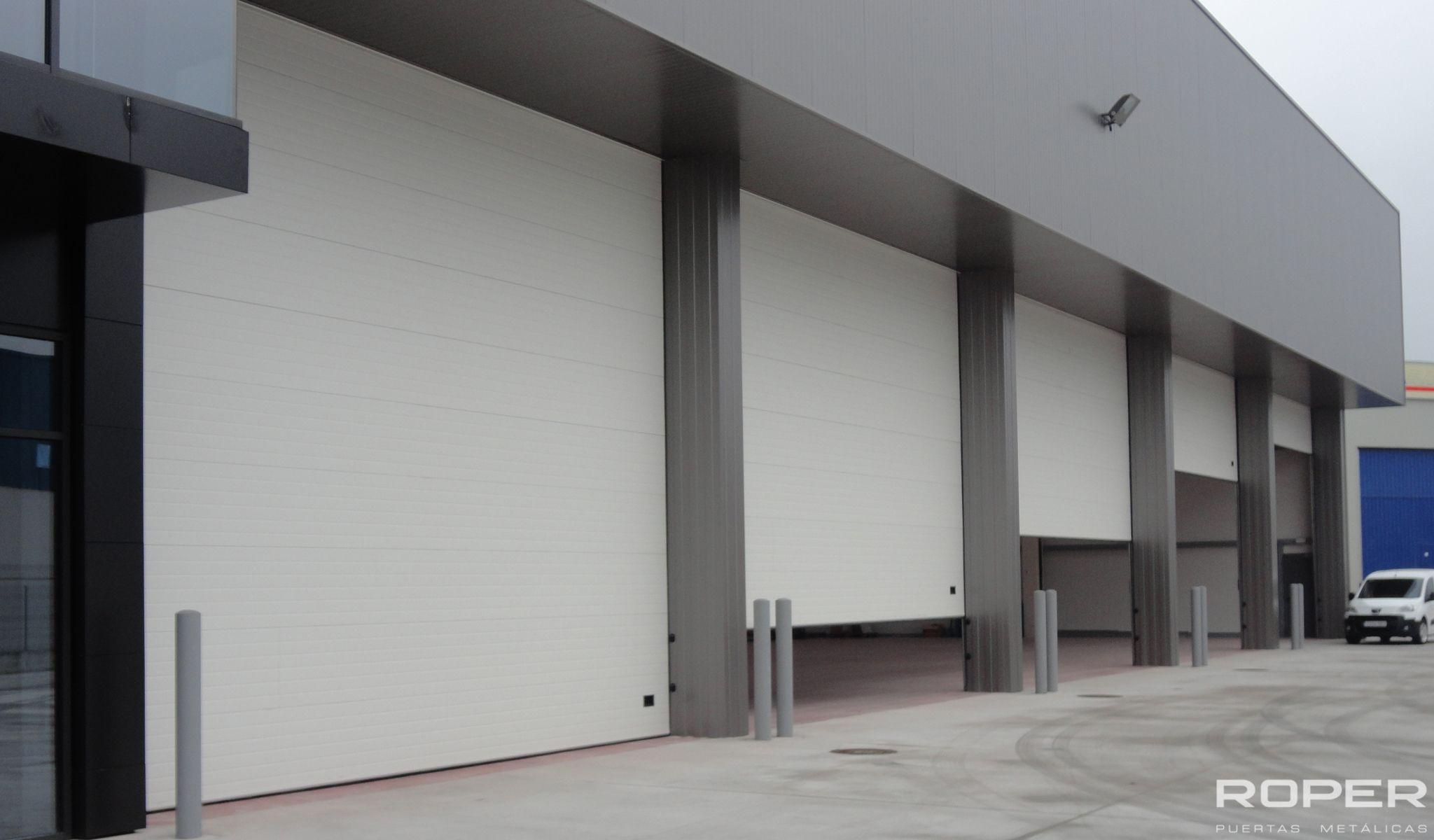 Puertas met licas industriales adecuaci n a tu empresa - Puertas roper ...