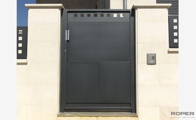 Puerta Peatonal 1