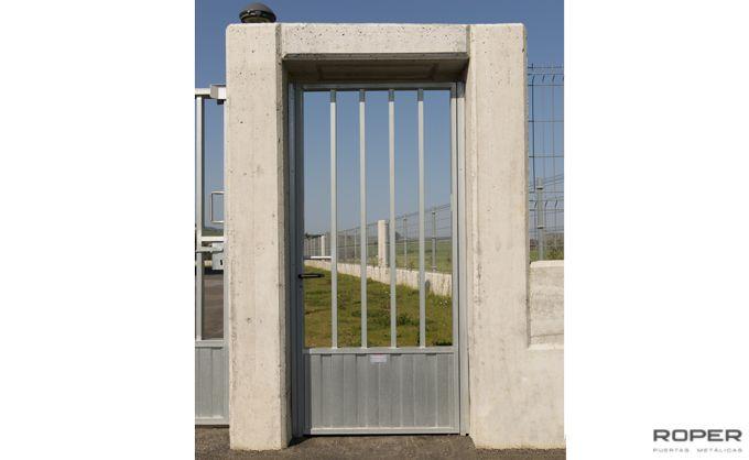 Puerta Peatonal 7