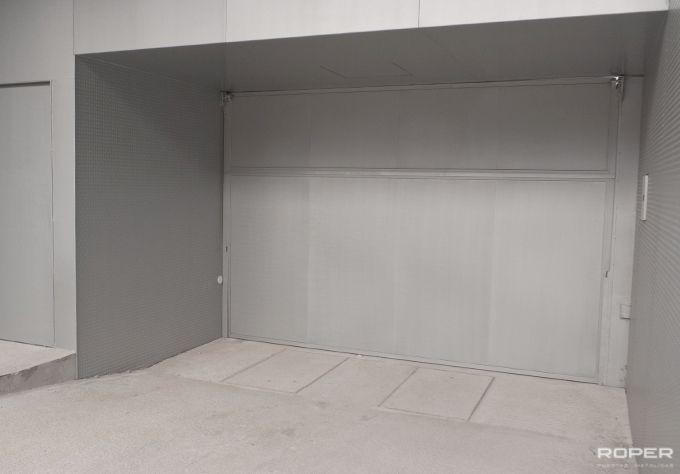 Porte de Garage Basculante Communautaire 1