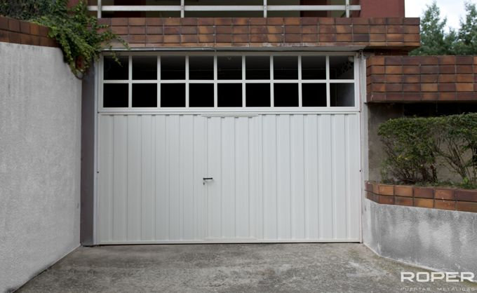 Puerta de Garaje Basculante 2 Hojas Comunitaria 7