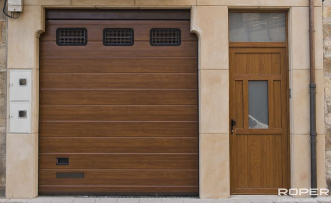 Residential Sectional Doors 12