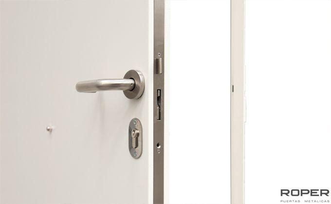 Puertas Multiuso 25