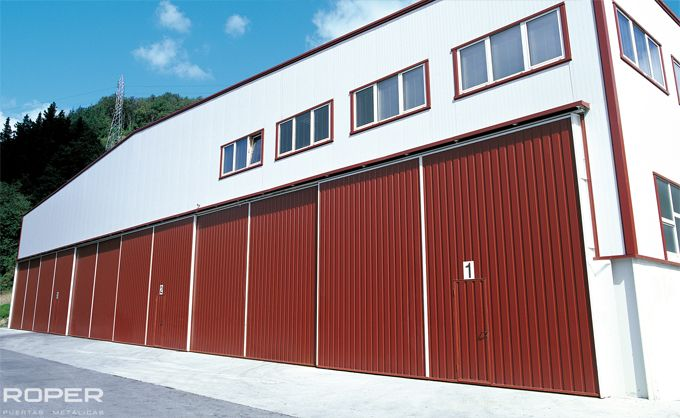 Industrial Slide Doors 13